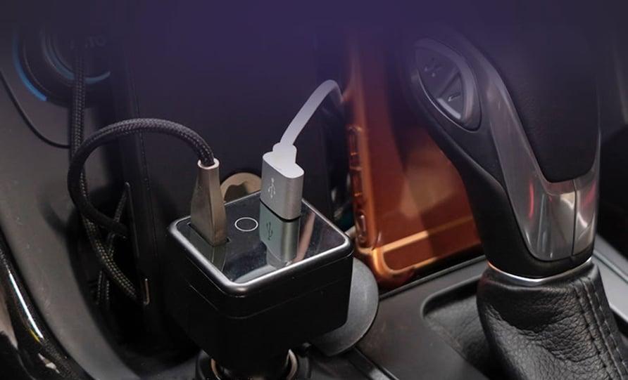 Autogear blir først i Norge med GPS-enheter som plugges inn i 12-voltsuttaket